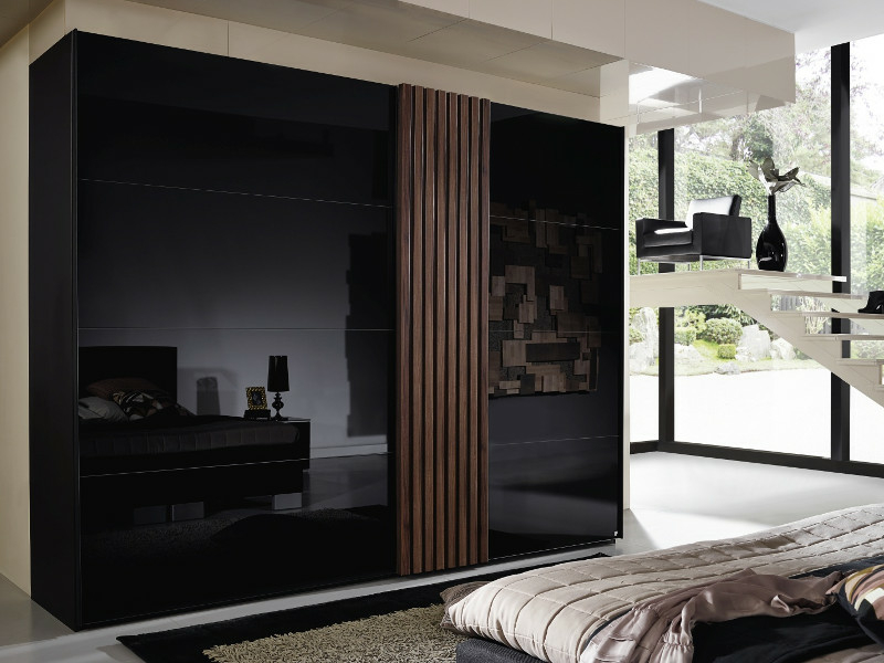 rauch steffen programm tegio schwebet renschrank mit farbglas 8. Black Bedroom Furniture Sets. Home Design Ideas