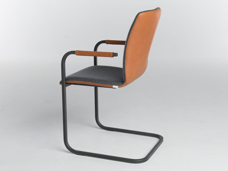 bert plantagie stuhl blake schwinger 323 00. Black Bedroom Furniture Sets. Home Design Ideas